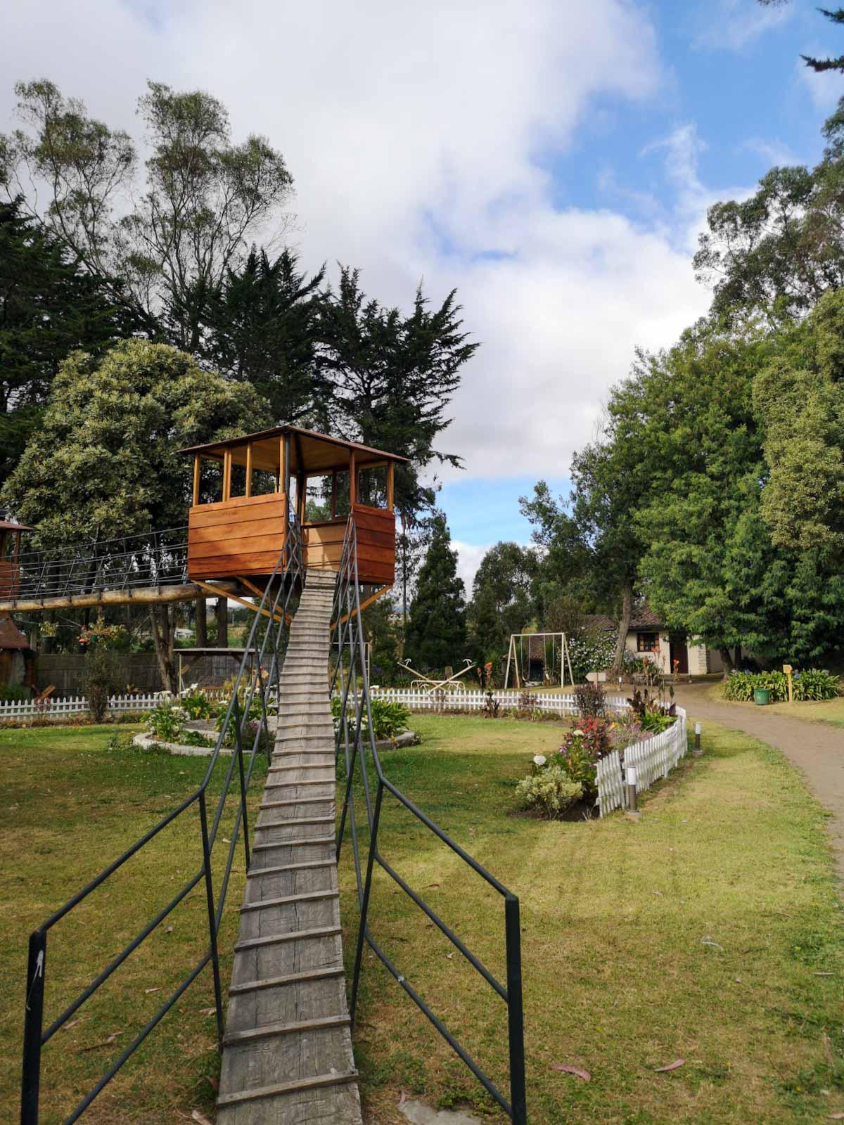 Hosteria Papagayo Treehouse